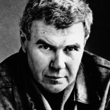 Raymond Carver, 1988 Macey Chair