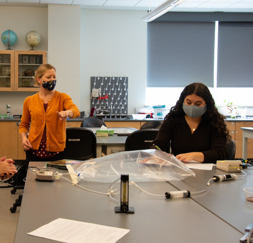 With proper distance and cleaning, students continue to do hands-on learning in the lab.