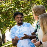 Jonathan Dudley'20 talks with Professor Beatrice McKenzie and classmate Joanna Furlan'20