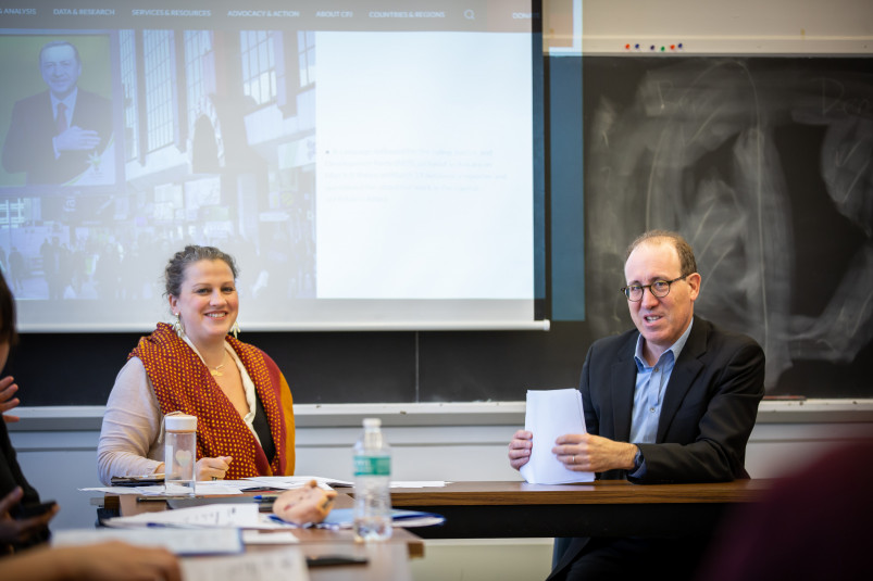 Professor Rachel Ellett with Weissberg Chair Joel Simon in class, during the week long Weissberg ...