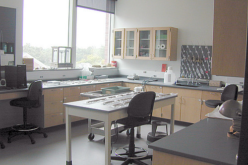 Another research lab used by geology faculty and students.